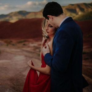 Intimate Painted Hills Oregon Engagement Session