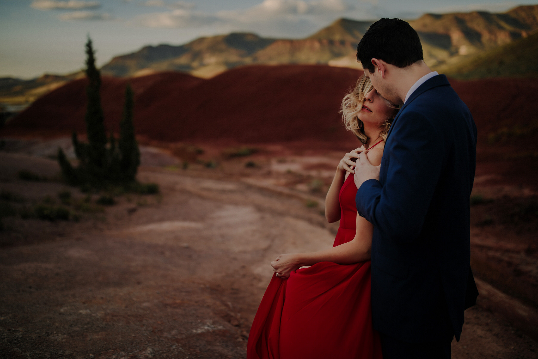 tips for oregon desert engagement sessions