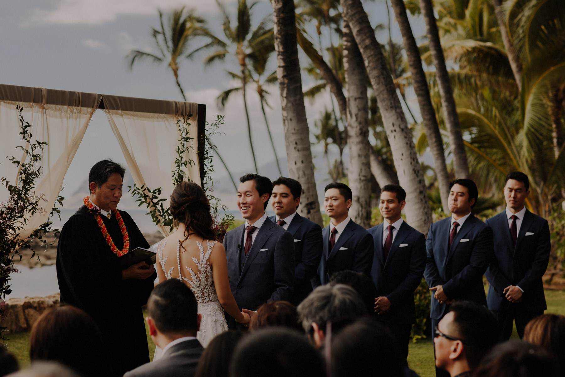best wedding photographers in hawaii