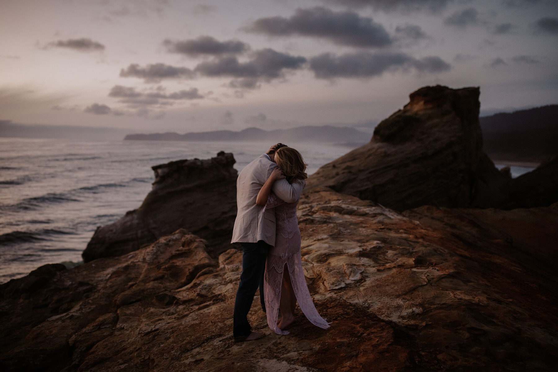 pacific city engagement session