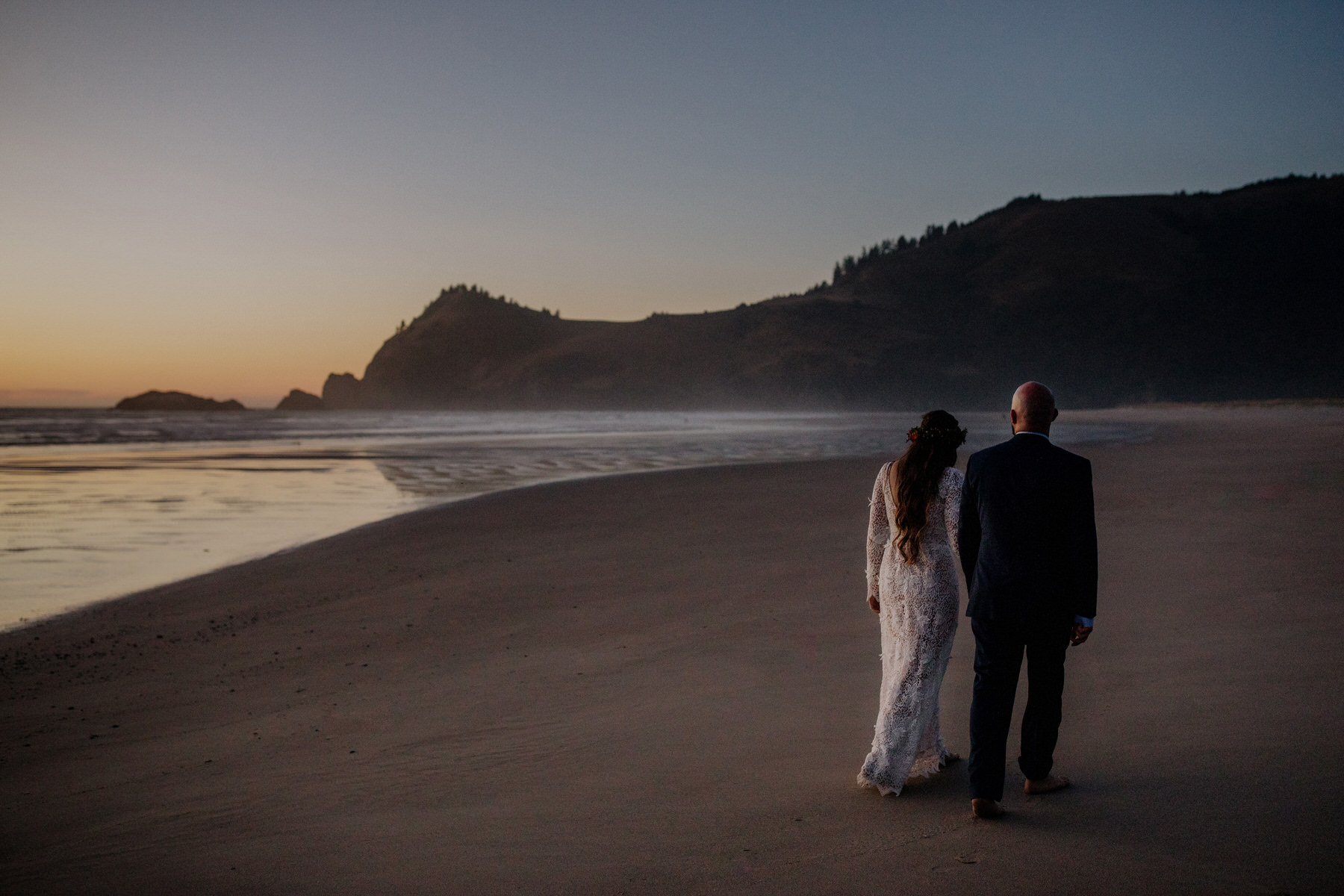 oregon coast intimate wedding