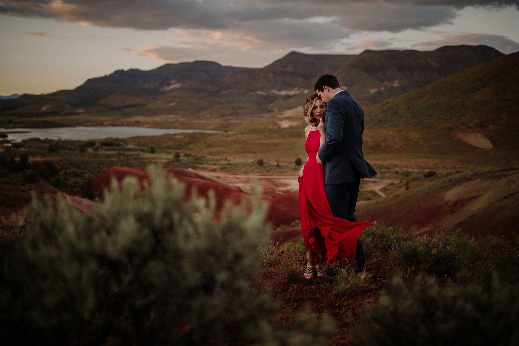 painted hills oregon couples session