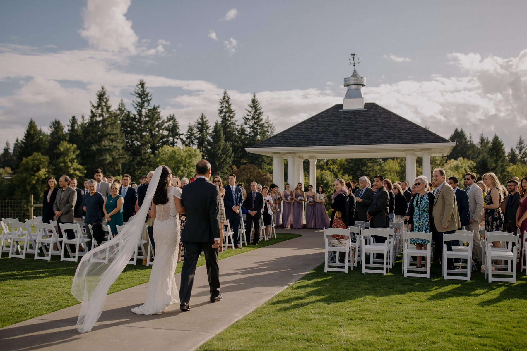 oregon winery wedding